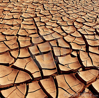 Free Dry Cracked Earth - Desert Royalty Free Stock Photo - 15665955
