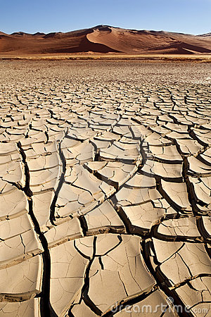 Free Dry Cracked Earth - Sossusvlei - Namibia Stock Images - 19994424