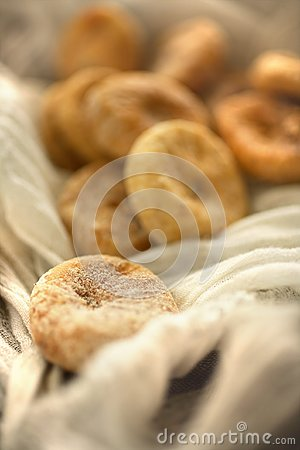 Dry figs in linen tablecloth