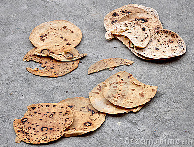 Dry indian chapatis