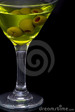 Free Dry Martini And Green Olives In Glass Royalty Free Stock Image - 14233316