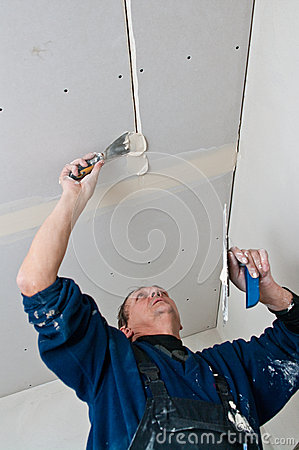 Free Dry Waller Making Ceiling Stock Photo - 36762830