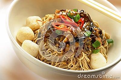 Dry Wantan noodle