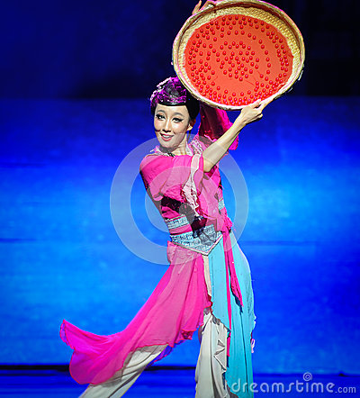 Dry wolfberry-Hui ballet moon over Helan Editorial Stock Photo
