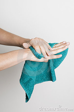 Free Drying Hands With A Towel Royalty Free Stock Photography - 11327807