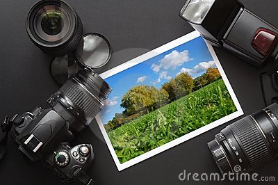 Dslr Camera And Image Royalty Free Stock Images - Image: 13508009
