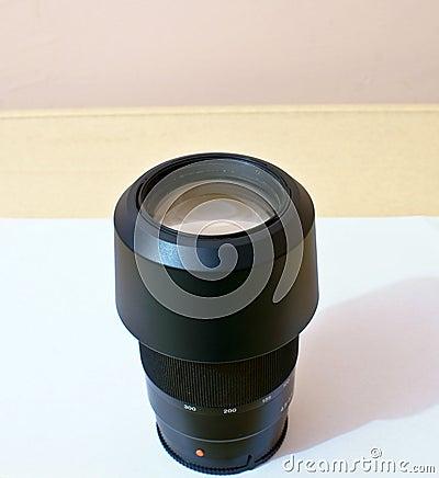 DSLR zoom lens