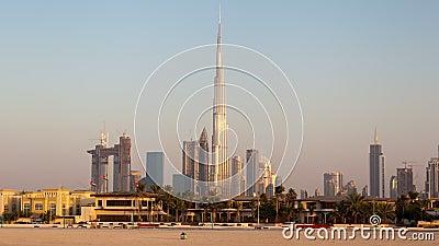 Dubaï du centre de timelapse de Daria Island banque de vidéos