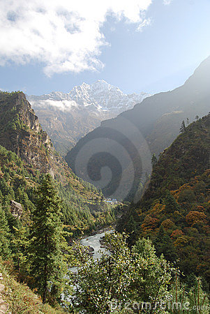 Dudh Kosi Valley, Himala