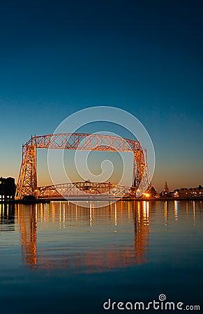Free Duluth Minnesota Lift Bridge Dawn Reflection Royalty Free Stock Photo - 7657105
