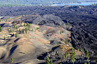 Dunas pintadas no parque nacional vulcânico de Lassen