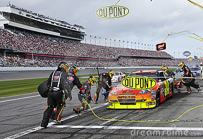 DuPont Pit Stop NASCAR Sprint Cup Series Editorial Photo