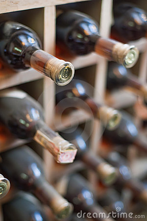 Free Dusty Wine Rack. Stock Photos - 21842553