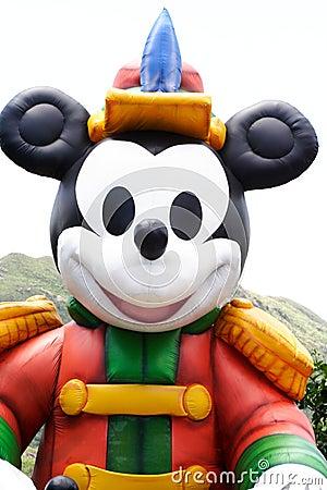 Duży nadmuchiwana myszka miki Zdjęcie Editorial