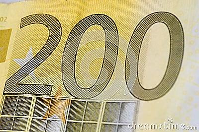 Dwieście euro