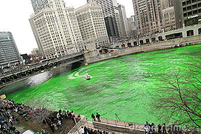 Dyeing the Chicago River on St. Patrick s day Editorial Image