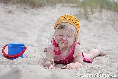 Dziecko piasek