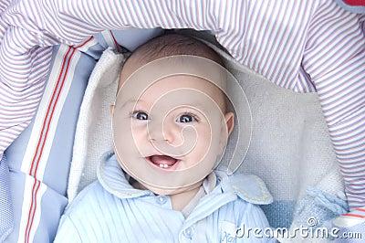 Dziecko się uśmiecha