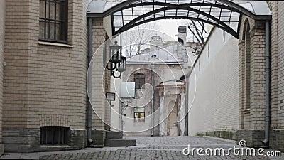 Dziedziniec architektury Weranda ze szkła Murowce i bluszcz zbiory wideo