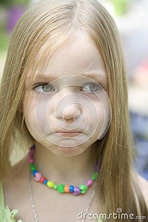 Dziewczyn zdumiewający blond potomstwa