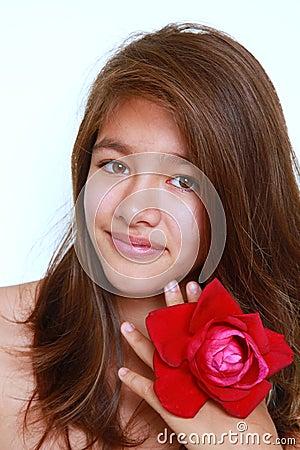 Dziewczyna uśmiech rozjarzony ładny