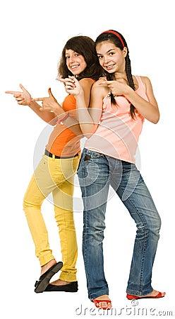 Dziewczyny radośni dwa