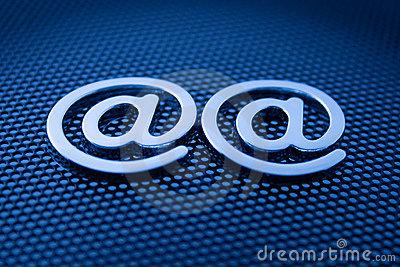 E-mail symbols