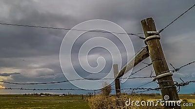 Scadenza delle nuvole tempestose video d archivio