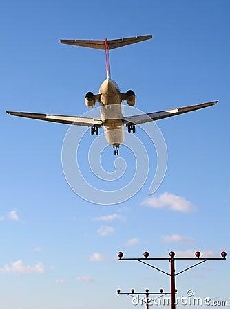 Early flight on final approach