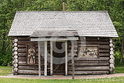 Early log cabin editorial stock image image 72023884 for Cabine in whistler