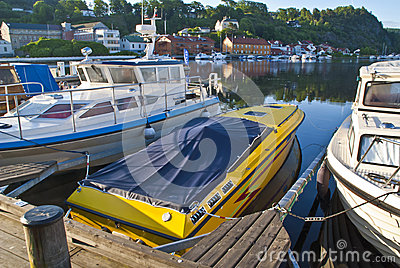 Early morning on quayside in Halden (speedboat)