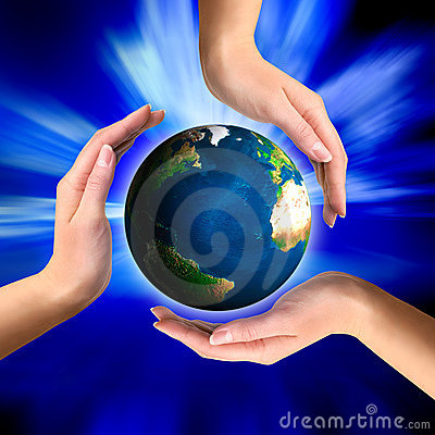 Free Earth Globe In Hands Royalty Free Stock Images - 6691189