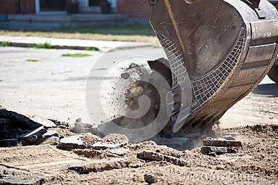 Earth mover digging