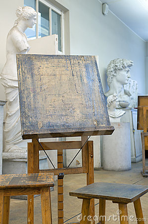 Free Easel. Stock Images - 13307724