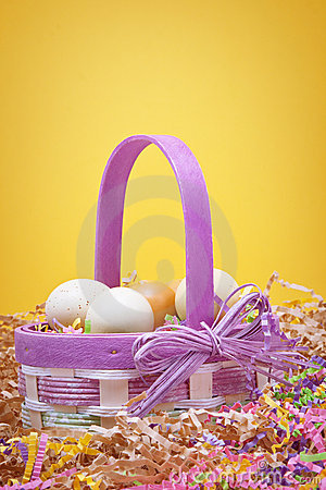 Free Easter Basket Royalty Free Stock Images - 18454929