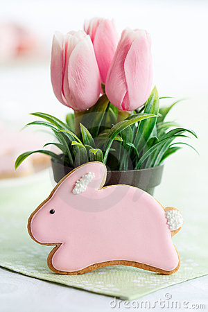Free Easter Bunny Cookie Royalty Free Stock Image - 17945416