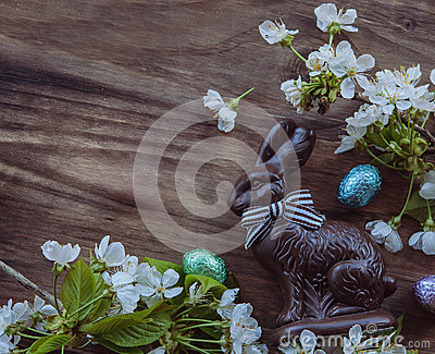 Easter bunny and spring flowers
