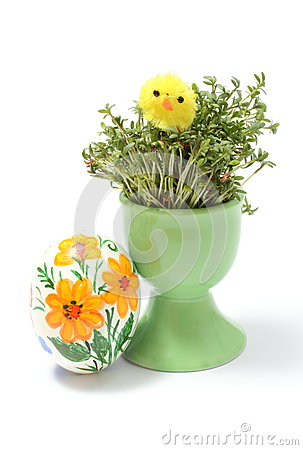 Free Easter Chicken On Watercress In Green Cup And Painted Egg Stock Images - 39472364