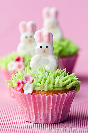 Free Easter Cupcakes Stock Photos - 19257403