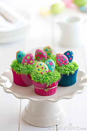 Free Easter Cupcakes Royalty Free Stock Photography - 23968197