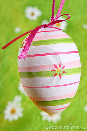 Free Easter Egg Painted Royalty Free Stock Image - 2076206