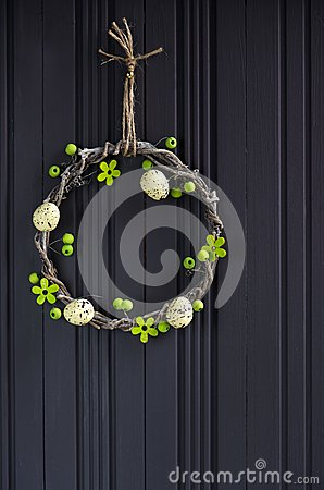Free Easter Egg Wreath Royalty Free Stock Image - 55826396