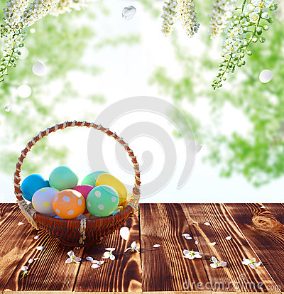 Free Easter Eggs In The Nest On Rustic Wooden Table Stock Images - 51034784