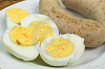 Easter eggs and white sausages