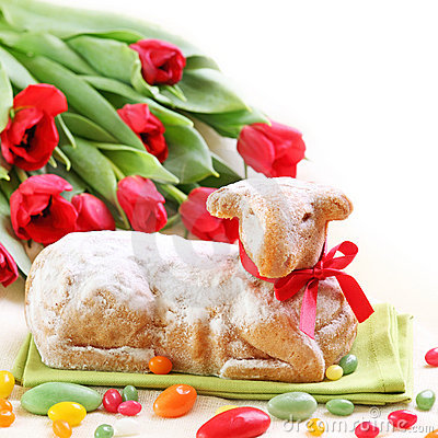 Free Easter Lamb Cake And Red Tulips Stock Photos - 18992573