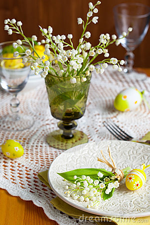 Free Easter Place-setting Royalty Free Stock Images - 18328609