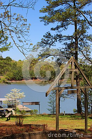 Free Easter Sunday At Lake Allatoona Georgia Royalty Free Stock Photos - 42832428