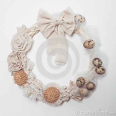 Free Easter Wreath On The Door Royalty Free Stock Photo - 71308215