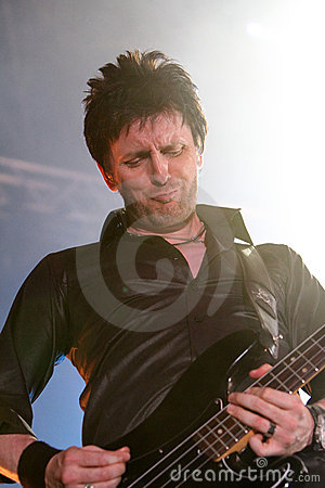 Eddie Duffy of Simple Minds, live concert Editorial Photo
