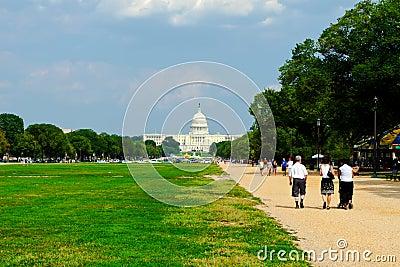 Edifício de capital na alameda nacional Imagem de Stock Editorial